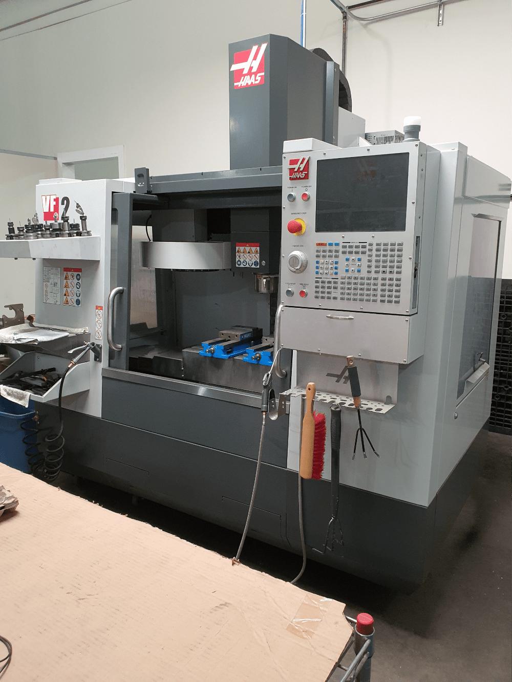 Haas VF-2 CNC Mill (98)